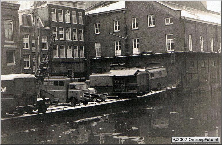 Doos 96 Foto 1901. NTS Trein-5 1966 (Carré Amsterdam - Snip & Snap Revue)