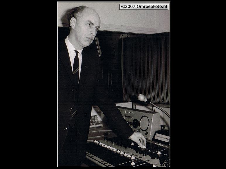 Doos 96 Foto 1909. Santbergen 1965 (Cursus Beeld en geluid 1965) (Jan Mulder Chef Geluidstechniek)